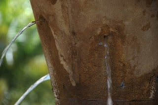 Donor retention like a leaky bucket. Photo courtesy of Tobias Schlitt on Flickr